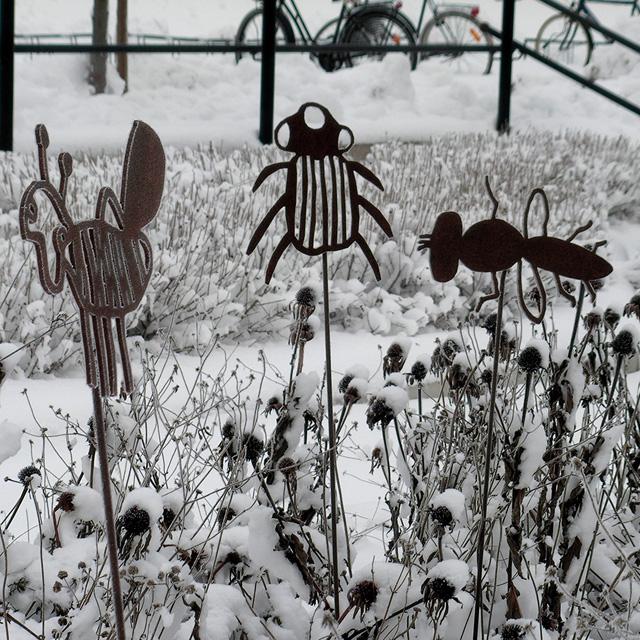 Blommor, bin & barn av mfj-form