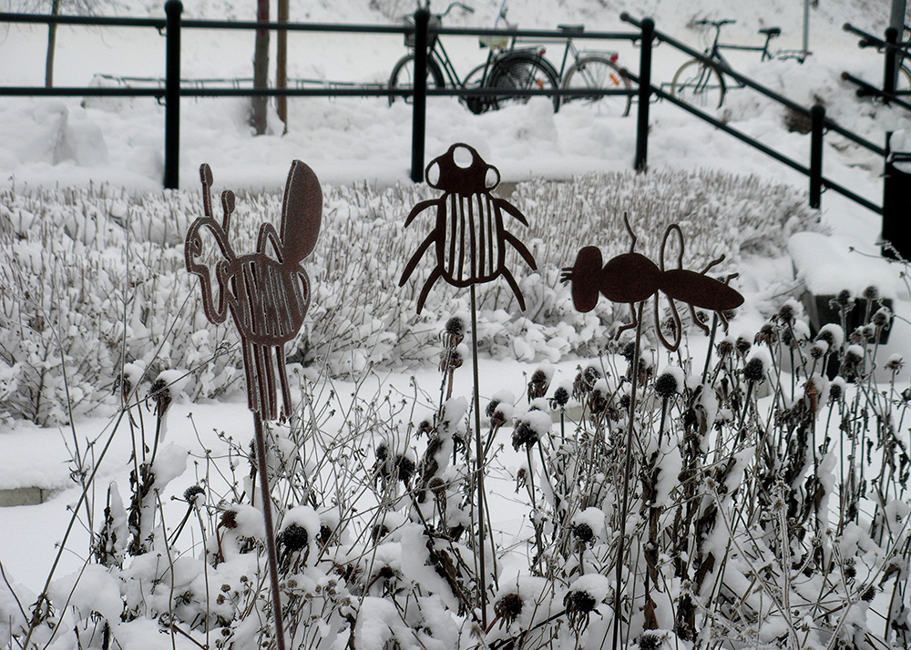 Blommor, bin & barn, 2009, konstprojekt Ockelbo Kommun, vinter, av mfj-form
